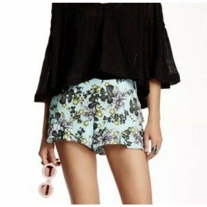 FREE PEOPLE Mint Floral Shorts Size 4 NEW
